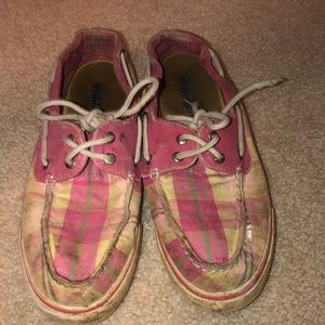 Pink plaid sperry